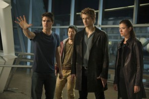 Robbie-Amell-Aaron-Woo-Luke-Mitchell-and-Peyton-List-of-The-Tomorrow-People_gallery_primary