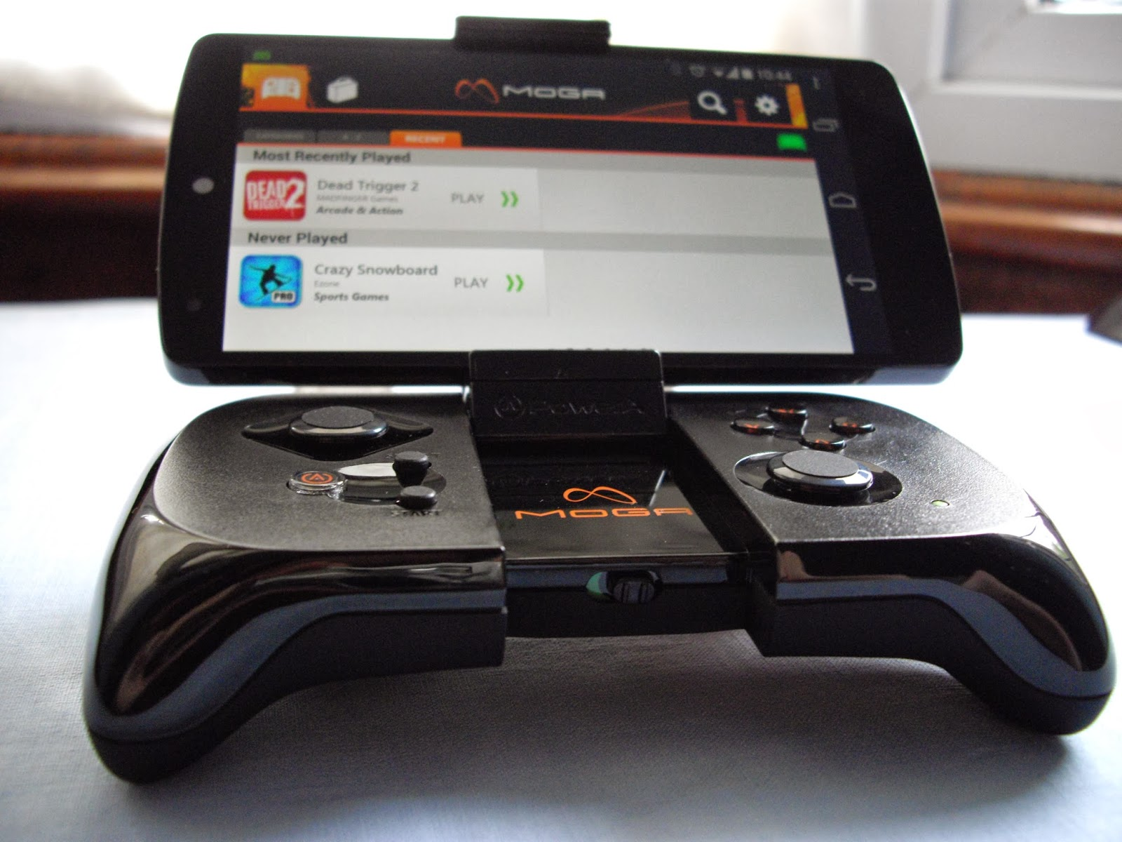 how to use moga controller on android