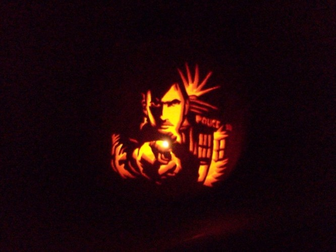 Doctor_Who_Pumpkin_by_technocupcakes