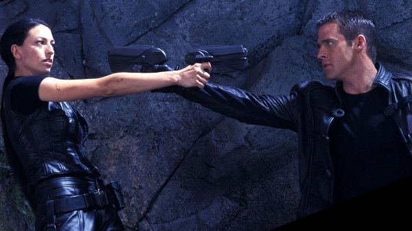 farscape-aeryn-sun-and-john-crichton