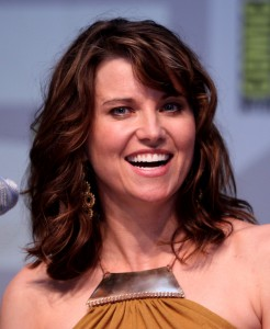 Lucy_Lawless_by_Gage_Skidmore