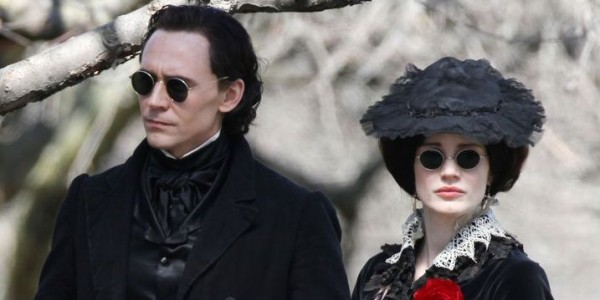 the-first-crimson-peak-teaser-trailer-is-here-and-it-is-epic-image-via-www-gotchamovies-com-600x300
